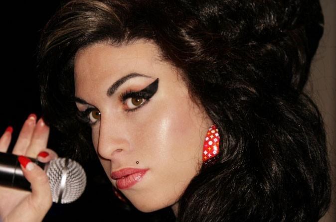 Če bi Amy Winehouse vedela… (nagradno vprašanje za punce in oboževalce skupine TheCure)